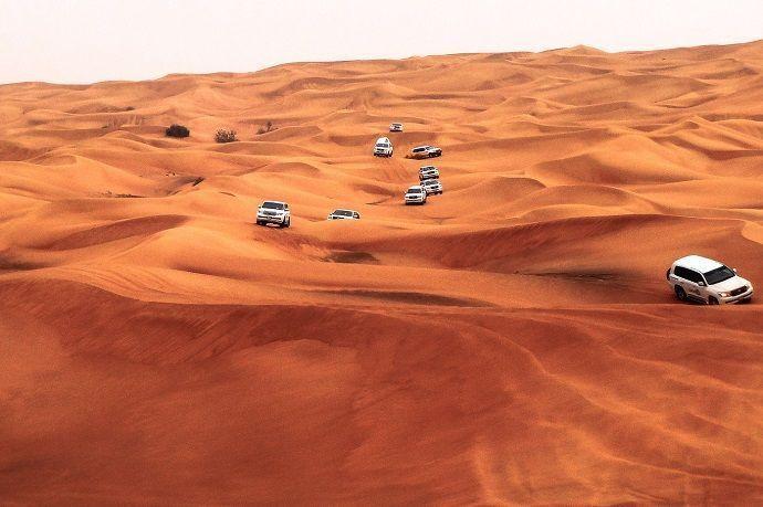 Excursión por el desierto de Dubái. Reservas.