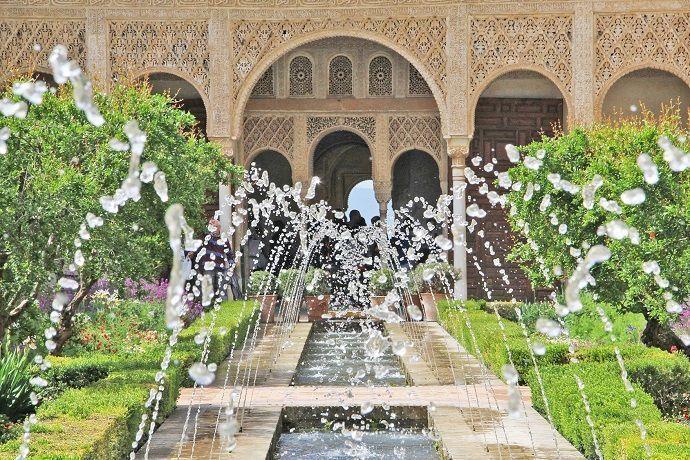 Excursión a la Alhambra de Granada desde Sevilla. Reservar online.