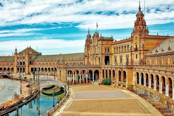 Tour privado por Sevilla. Reservar.