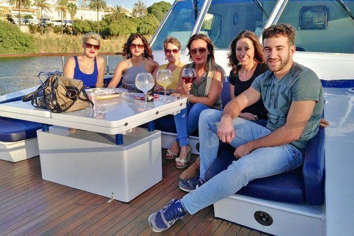 Paseo por el guadalquivir en barco