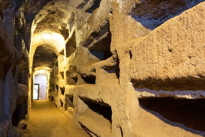 visita guiada por las catacumbas de Roma. Reservar.