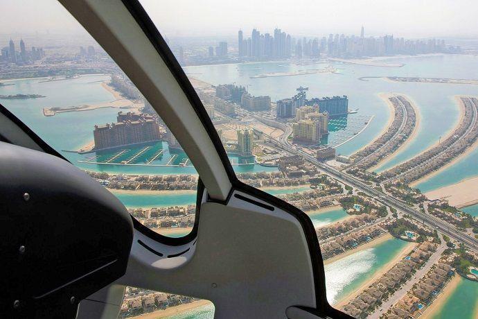 Vuelos turísticos en helicóptero por Dubái.