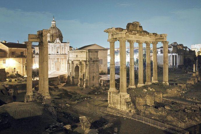 Tour nocturno Coliseo y Foro romano
