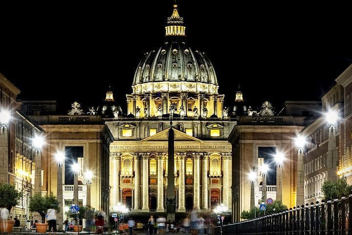 Tour nocturno por Roma iluminada