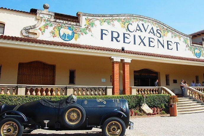 Ruta del vino y el Cava por el Penedés. Bodegas Cavas Freixenet