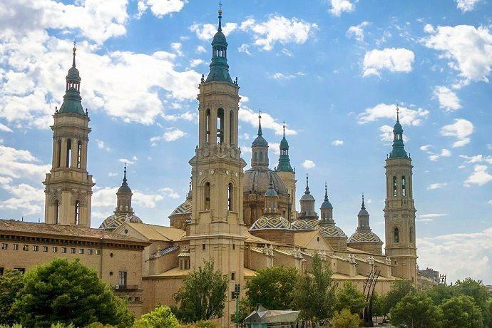 Tour por Andalucía desde Barcelona. Zaragoza
