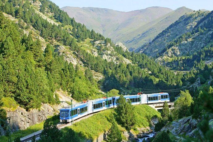 Excursión en tren cremallera. Valle de Núria.