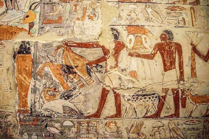 Reservar visitas guiadas por las pirámides de Giza.