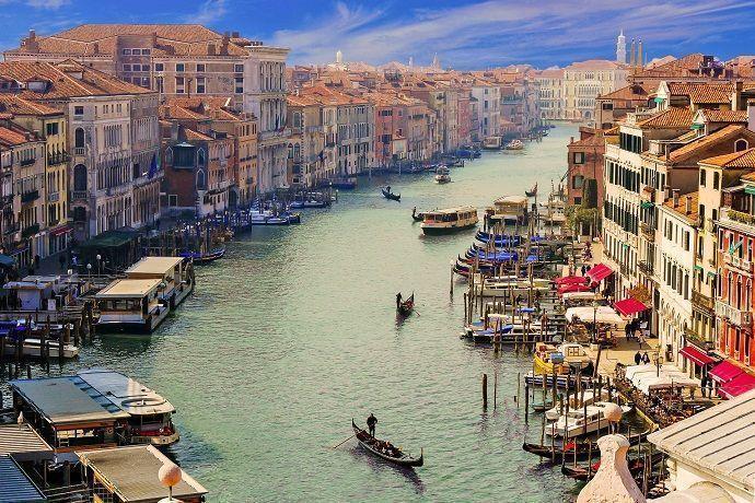 Tour desde Roma hasta Milán. Vistas de Venecia.