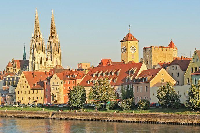 Excursión a Ratisbona y paseo por el Danubio
