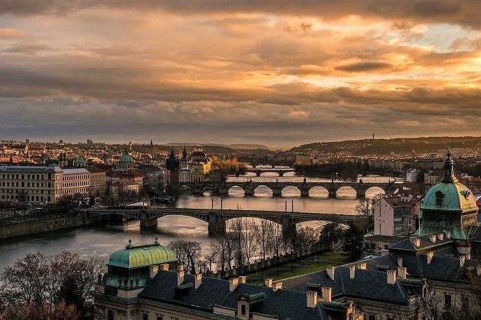 tour por Praga de noche