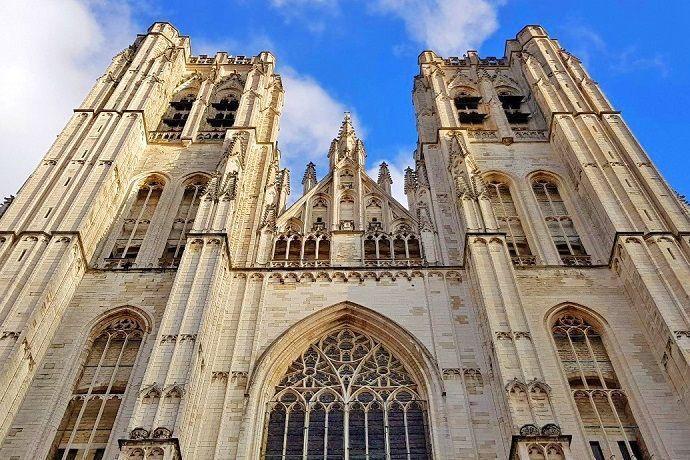 Tour gratis Catedral de Bruselas. San Miguel y Santa Gúdula.