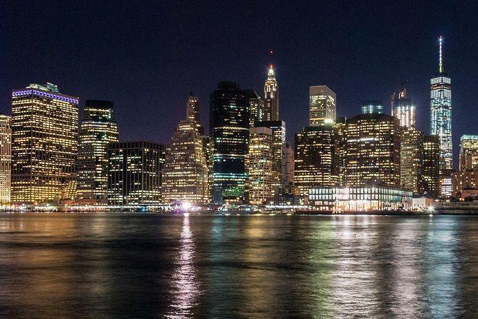Nueva Nueva York por la noche