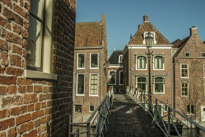 ¿Por qué excursión Ámsterdam desde Bruselas?