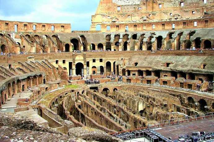 Guía privado Coliseo