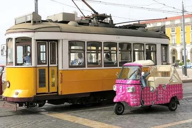 Tour tuk tuk Lisboa